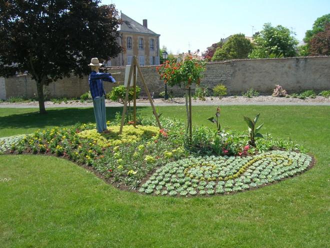Jardin des jacobins jardin en pays de la loire situ for Jardin des 5 sens nantes