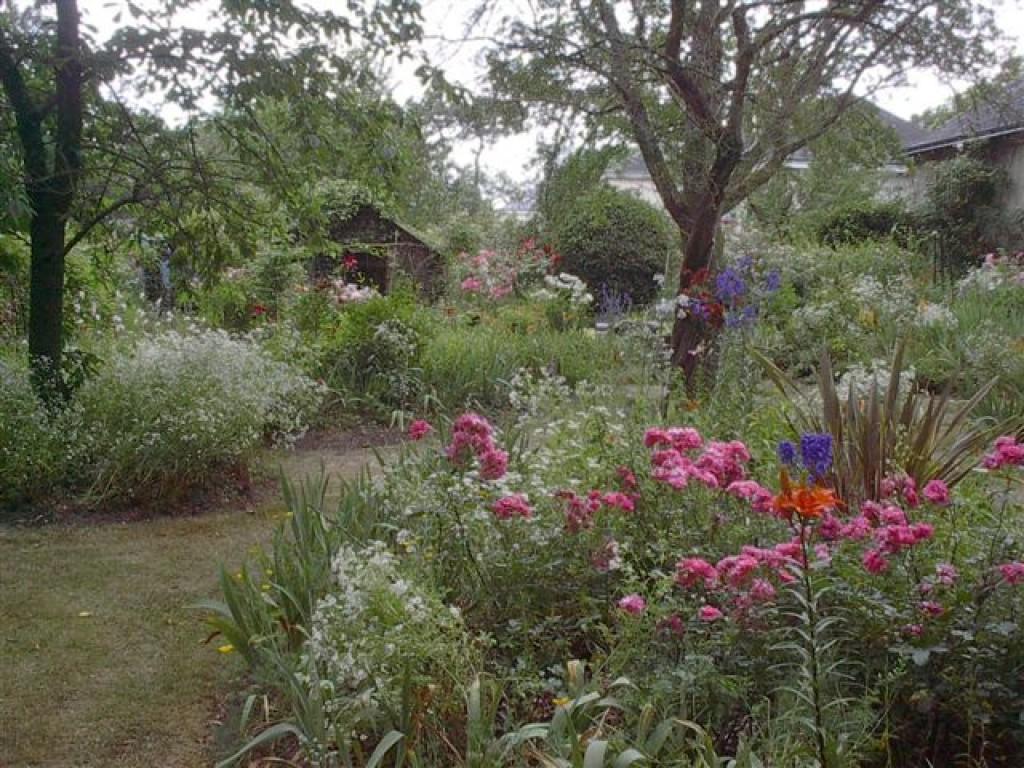 kallista jardin en pays de la loire situ saumur en maine et loire 49. Black Bedroom Furniture Sets. Home Design Ideas