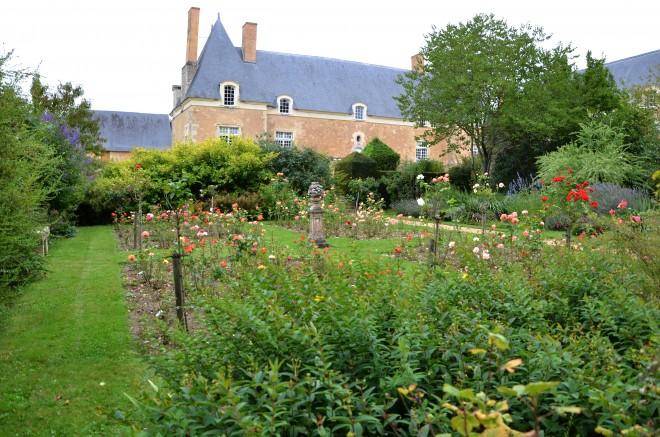 Jardins du manoir de serrain jardin en pays de la loire for Jardin neurodon 2015
