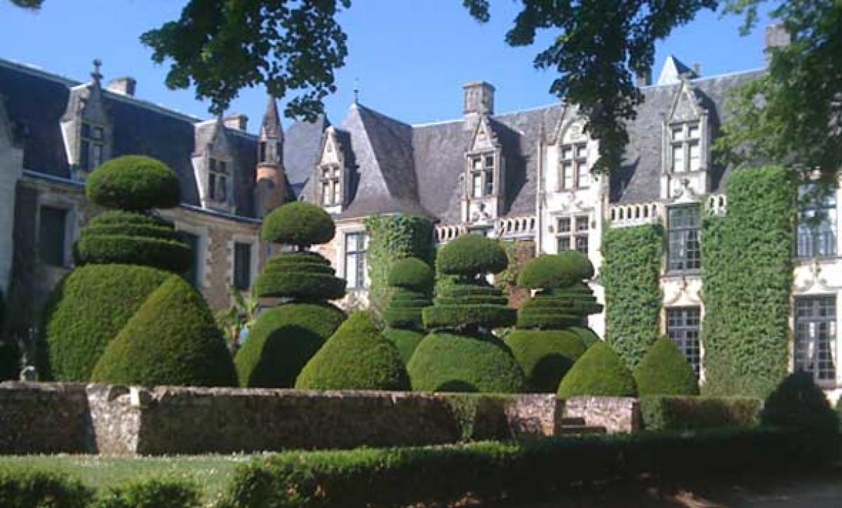 Jardins du ch teau du pin jardin en pays de la loire for Jardin de la polvora