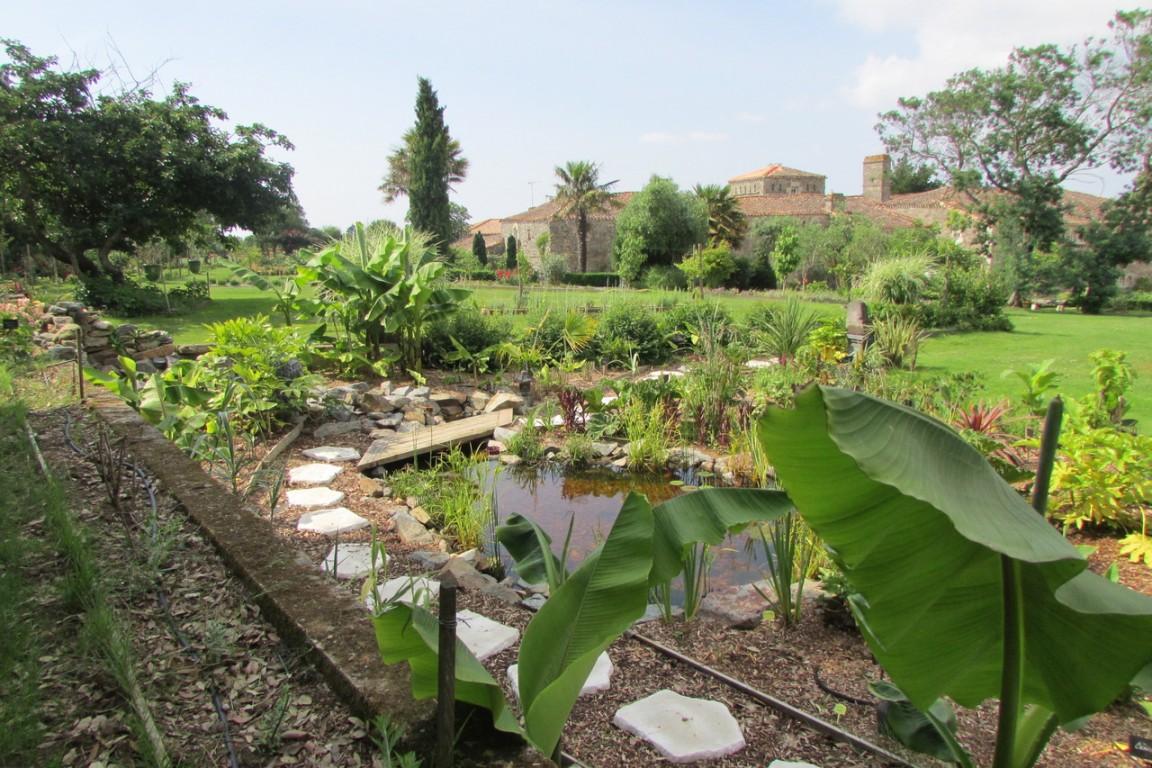 Les Jardins De La Robinière les jardins du logis de la robliniere